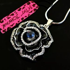 NWT•Betsey Black Rose Long Necklace